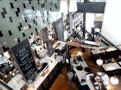 – EN – Strolling around Antwerp Zuid our eyes stumbled upon the Shilling corner. Color Tile, Leather Sofa, Flooring, Interior Design, Nest Design, Home Interior Design, Interior Designing, Leather Sofas, Wood Flooring