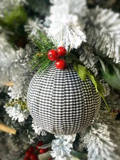 24 Lovely and Cheap DIY Christmas Crafts Sure to Wow You Fabric Ornaments, Diy Christmas Ornaments, Handmade Christmas, Handmade Ornaments, Buffalo Plaid Ornaments, Country Christmas Decorations, 242, Xmas Crafts, Design Crafts