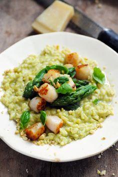 Dorian cuisine.com Mais pourquoi est-ce que je vous raconte ça... : Le vendredi c'est retour vers le futur… Risotto très crémeux aux asperges et noix de saint jacques...