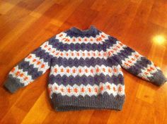 Icelandic wool knit for Wilma with alpaca at the neck and wrists (dec 2012)