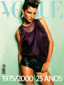 2348 melhores imagens de Capas Vogue   Vogue covers, Fashion cover e ... b2d4dc688f