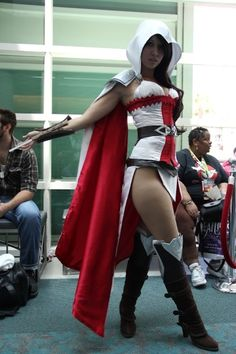 Female Ezio, Assassin's Creed cosplay, love this Assassins Creed Cosplay, Assassin Costume, Assassins Creed Female, Cosplay Games, Cosplay Costumes, Female Costumes, Character Costumes, Anime Sexy, Amazing Cosplay