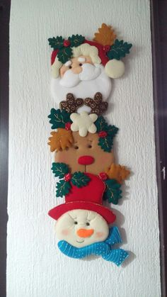 Navidad Felt Christmas Stockings, Christmas Clay, Christmas Time, Felt Ornaments, Diy Christmas Ornaments, Christmas Decorations, Holiday Decor, Diy And Crafts, Christmas Crafts