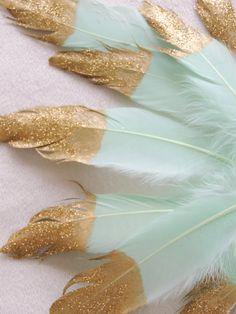 Mint Blue Gold Glitter getipt Mint veren Tribal door JadeandJoStudio