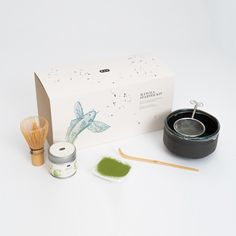 Authentic Matcha Starter Kit by PAPER & TEA | Berlin € 69 LEARN MORE