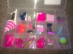 A neat way to organize all of the little Barbie accessories. Genius!!