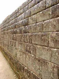 Inca wall at Machu Picchu, constructed in ashlar masonry