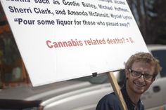 "Another view of non-student ""Marajuana Max"" and his sign. (Photo credit: CUI/Robert R. Denton) #jmc1 #cu420"