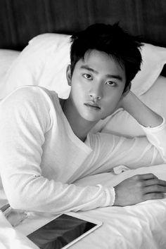 Staring into my soul~~ Kyungsoo, Kaisoo, Chanyeol, Do Kyung Soo, Shinee, Handsome, Kpop, Guys, Happy
