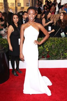 Samira WileyAny woman knows: It's daring to wear all white, especially to a party. But Samira Wiley breaks all the style rules in her custom Christian Siriano gown. Here's hoping she avoids any spills. #refinery29 http://www.refinery29.com/2016/01/102268/sag-awards-best-dressed-celebrity-looks-2016#slide-5