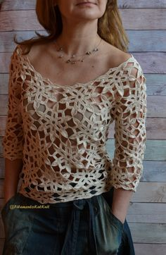 Crochet BLOUSE donne Cotone Pizzo / Beige / 34 manica fuori spalla / motivo floreale / Boho Blouse Crochet Cotton Top fatto a mano This is the handmade crochet lace top in a feminine style made of quality mercerized beige… Continue Reading → Cotton Crochet, Cotton Lace, Crochet Lace, Crochet Pattern, Crochet Garland, Crochet Flower, Irish Crochet, Tops Boho, Lace Tops