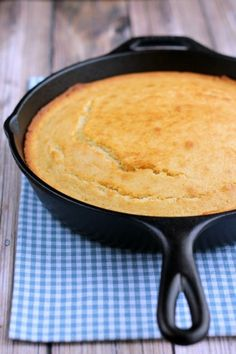 Grandma Griffin's Cornbread Recipe  1 ½ cups Quaker white cornmeal 3 Tbs enriched flour 1 Teas salt 1 Teas baking soda 2 Cups buttermilk 1 Egg 2 Tbs bacon drippings  Sift dry ingredients into bowl. Add buttermilk and beaten egg. Stir until combined. Melt drippings and mix it into the batter. Pour the batter into a greased hot cast iron skillet. Bake at 450°for 20-25 minutes. Cut into 8 slices.