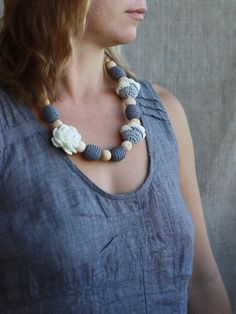 #Floral #nursing #necklace with #natural wood and #crochet covered beads #Long #chunky #statement #jewelry Necklace with #flowers #flower #baby #babyshower #gift #mom #mother #newmom #momtobe