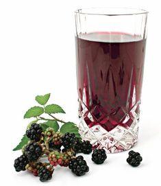 Lichior de mure - Retete culinare - Romanesti si din Bucataria internationala Sangria, Blackberry, Food, Canning, Essen, Blackberries, Meals, Yemek, Rich Brunette