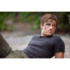 Movie Photos: Josh Hutcherson stars as 'Peeta Mellark' in THE HUNGER... ❤ liked on Polyvore featuring hunger games, the hunger games, josh hutcherson, people and pictures