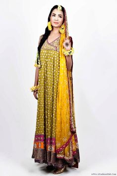 mehndi outfit