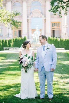 new-york-botanical-gardens-spring-wedding-blue-purple-13