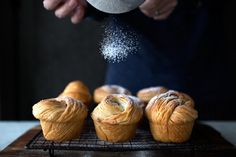 This came to me on a complete whim, took some stumbling and revisions, but people... ZERO folding, absolutely no chilling in between, UTTERLY FLAKEY AND SHATTERING CRUFFINS (croissant + muffin = it's a thing) MADE WITH PASTA MACHINE ! I don't know what else you need to hear about it. Seriously...