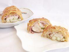 Chicken breast in Puff Pastry Spanakopita, Apple Pie, Bacon, Garlic, Snacks, Meat, Chicken, Dinner, Vegetables