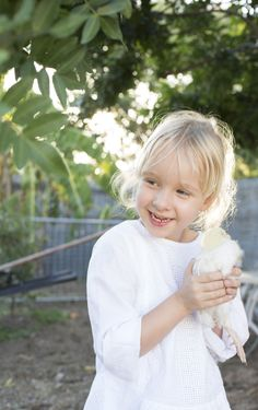 Kids and their chickens :) An Easter shoot by Confetti Mag - www.confettimag.com.au Photo by Honey Atkinson, Styling by Karen Locke.