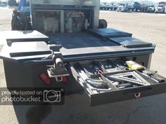 Tow rig and pipeline welding truck - : and Off-Road Forum Custom Flatbed, Custom Truck Beds, Custom Trucks, Welding Trailer, Welding Trucks, Truck Beds For Sale, Flatbed Truck Beds, Flatbed Trucks For Sale, Pipeline Welding