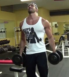 The brofessor will teach you all his tricks to skip leg workouts. Fitness Jokes, Planet Fitness Workout, Fitness Motivation, Funny Fitness, Gym Humor, Workout Humor, Leg Day Humor, Dont Skip Leg Day, Gym Fail