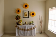 Top Birthday Table Decorations For Dad Ideas Baby Girl Birthday Decorations, Graduation Table Decorations, Dinner Party Decorations, Girl Birthday Themes, Sunflower Party Themes, Sunflower Birthday Parties, 18th Birthday Party, Sunflower Baby Showers, Happy Birthday Wallpaper