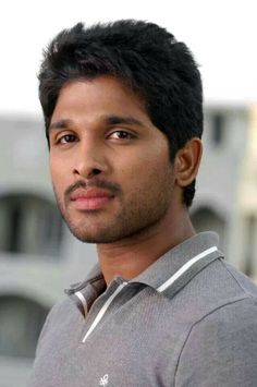 Saved by Vaishnavi Famous Indian Actors, Indian Celebrities, Movie Photo, I Movie, Allu Arjun Wallpapers, Allu Arjun Images, Actors Images, Bikini Images, Real Hero