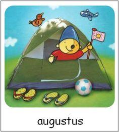 Augustus | Pompom maanden Kindergarten, School, Baby, Pom Poms, Kindergartens, Baby Humor, Infant, Preschool, Babies