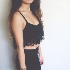 crop top + skinny jeans // i'd love to try this look. I've got the perfect jeans, just need a flowy-ish crop.