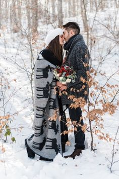 Alpine Snowy Engagement at the Vermion Mountains, no, not Vermont from the Sates, but close enough! What better than to enjoy this snowy hygge love story? Winter Engagement, Engagement Session, Bradley Mountain, Mountains, Bergen