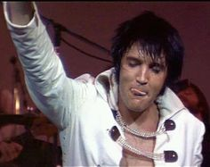 Elvis live at the International Hotel Las Vegas August 12th 1970 (midnight show)