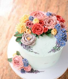 Buttercream flowers look as good as they taste, though you won't believe they're edible.