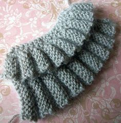 Row and Rows of Ruffles Tutorial | Creative Knitting Blog