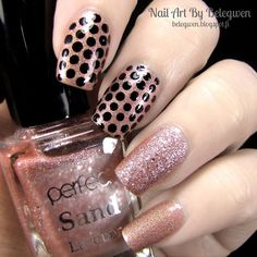 Nail Art By Belegwen: Flormar 811, Perfect Sand Lacquer s78 and lot of black dots.