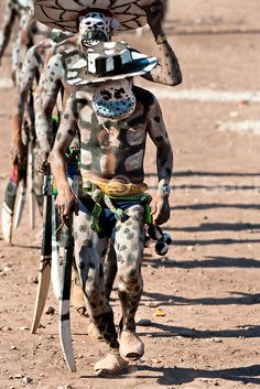 masks of mexico | Cora Indians, wearing demon masks, runs during the religious ritual ...