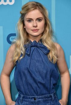 I Zombie, Zombie Girl, Rose Mciver, Beautiful Actresses, Girl Pictures, High Neck Dress, Ruffle Blouse, Classy, Portrait