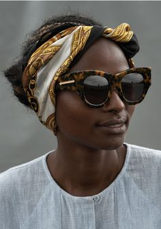 Karen Walker teamed up with the UN'S Ethical Fashion Initiative to commission Kenyan artisans to make screenprinted & beaded pouches for her Summer 2014 eyewear collection