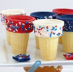 of July Dipped Ice Cream Cone Fun! of July Dipped Ice Cream Cones by Amy Miller Designs 4th Of July Desserts, Fourth Of July Food, 4th Of July Celebration, 4th Of July Party, July 4th, Patriotic Party, Patriotic Crafts, Patriotic Desserts, Do It Yourself Quotes
