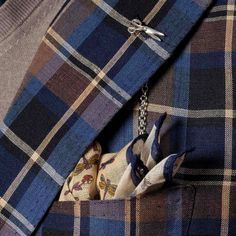 An excellent combination by Michael Jondral. Fabrics by Fox Brothers.  Fox Brothers website: http://foxflannel.com/