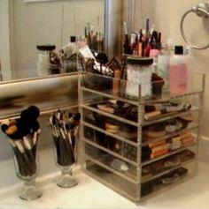 Kardashian Makeup Organizer | Kim Kardashian Makeup Tips & Organizer