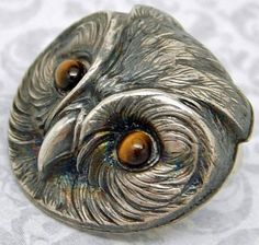 SCARCE ANTIQUE STERLING SILVER OWL HEAD BUTTON WITH TIGER EYE GEMSTONE EYES