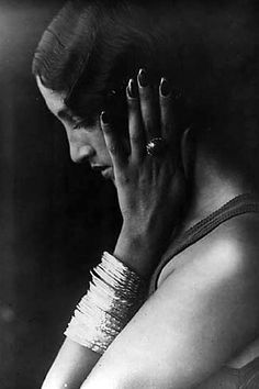 French Sampler: Renée Perle
