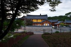 Living in 'hanok,' epitome of authentic Korean charms and comfort