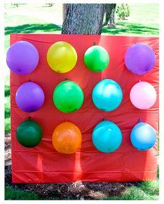 Balloon pinata game - throw darts at balloons filled with candy (links to tutorial) Balloon Pinata, Balloons, Balloon Party, Balloon Surprise, Birthday Party Games, Birthday Fun, Birthday Ideas, Summer Birthday, Race Party