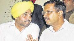 बाएं वाला सरदार होकर भी सरदार नहीं ..  दायें वाला हिन्दू होकर भी हिन्दू नहीं ... :( #DirtyPolitics.