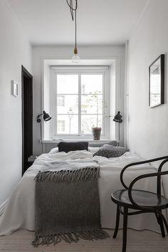 Ideas para habitaciones de matrimonio muy pequeñas. ¡Tomad nota de cómo aprovechar más el espacio!