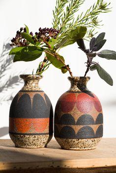 Bud Vase by Kat & Roger Ceramics Pottery Painting, Ceramic Painting, Pottery Vase, Ceramic Pottery, Porcelain Jewelry, Fine Porcelain, Porcelain Ceramics, Hippie Garden, Keramik Vase