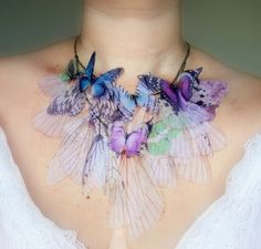 Faerie necklace - I love this and am thinking about being a Fae for the Halloween Masquerade this year. Woot!