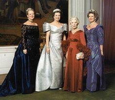 Queen Ingrid and daughters : Queen Margrethe II of Denmark, Princess Benedikte and Queen Anne-Marie of Greece